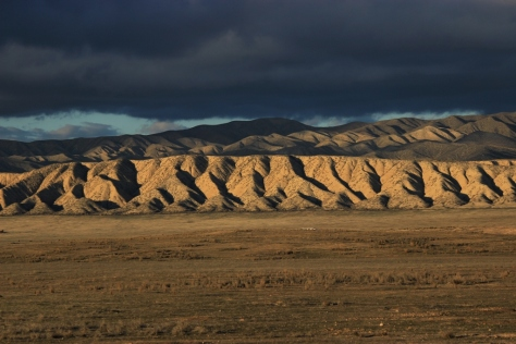 Semana - 1335 - 1 Dragon back ridge
